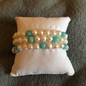 Genuine Pearl stretchy stackable bracelets.